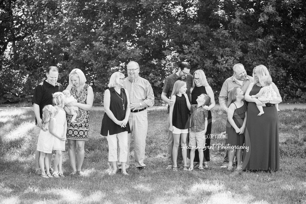 michels_family (2 of 49) bw.jpg