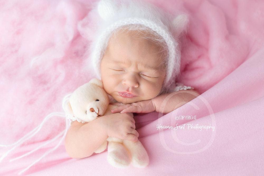 adeline_newborn (30 of 44).jpg