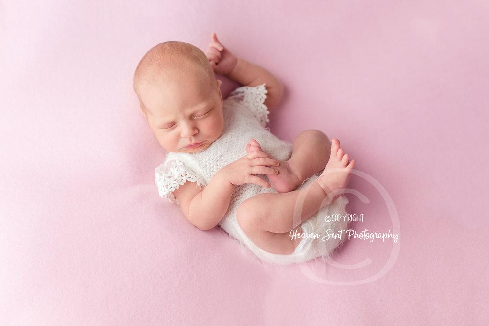 adeline_newborn (35 of 44).jpg