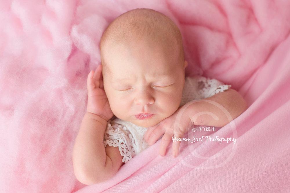 adeline_newborn (34 of 44).jpg