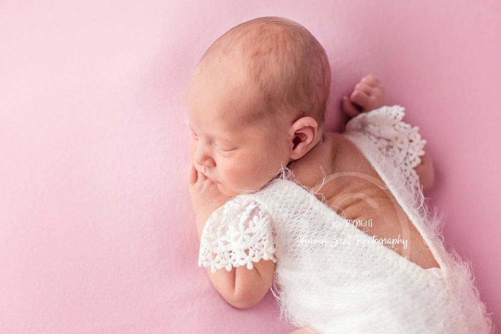 adeline_newborn (41 of 44).jpg