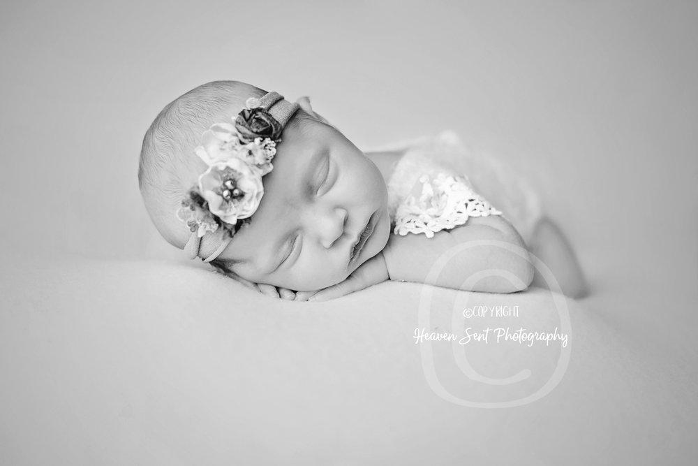 adeline_newborn (42 of 44).jpg