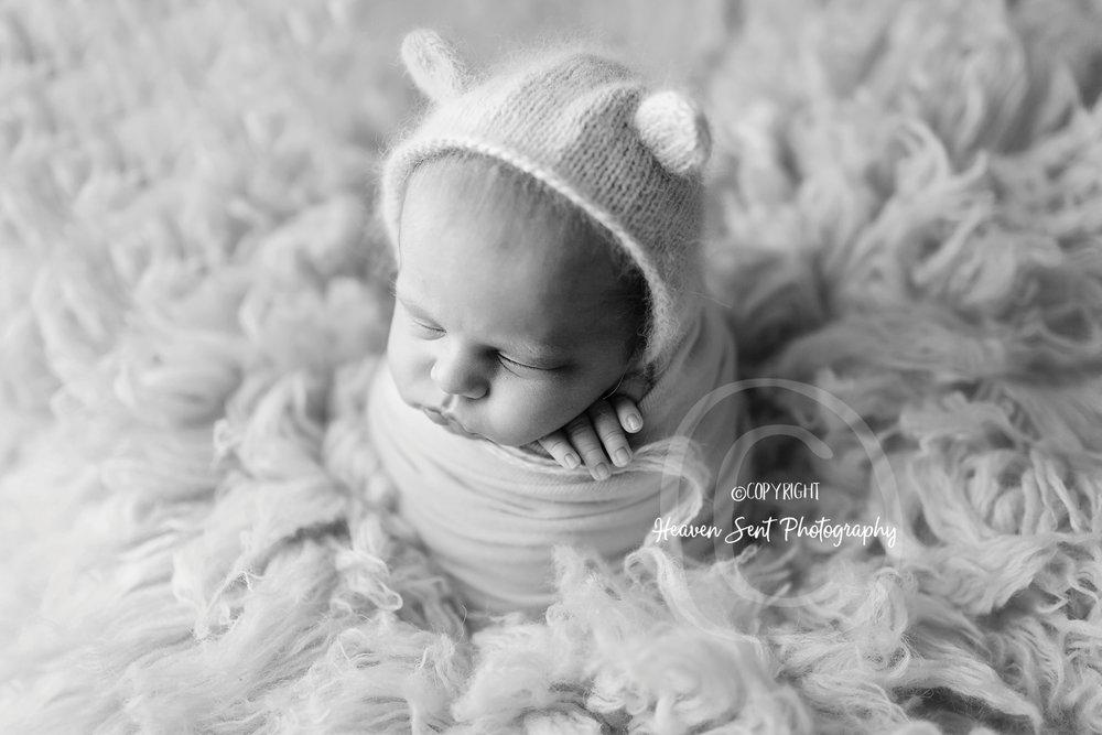scotty_newborn (9 of 65).jpg