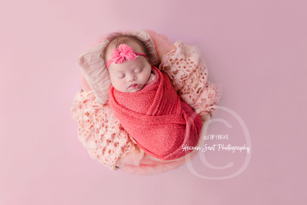 brinley_newborn (14 of 56).jpg