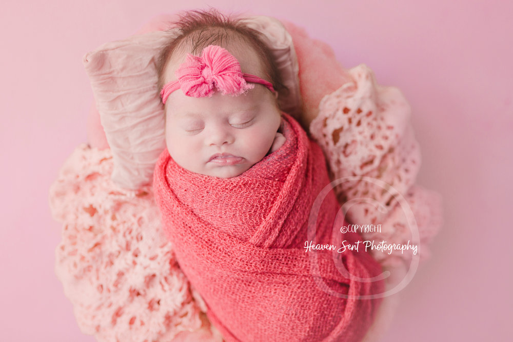 brinley_newborn (16 of 56).jpg