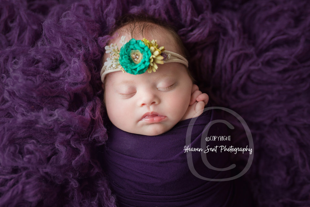 brinley_newborn (25 of 56).jpg
