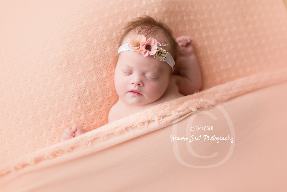 brinley_newborn (45 of 56).jpg