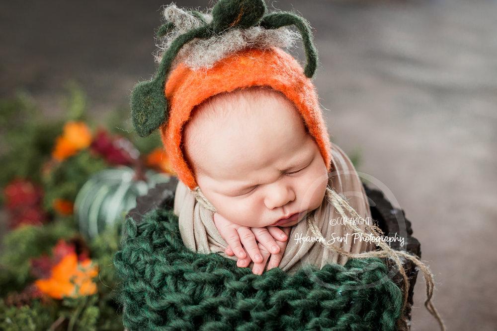 wyatt_newborn (6 of 46).jpg