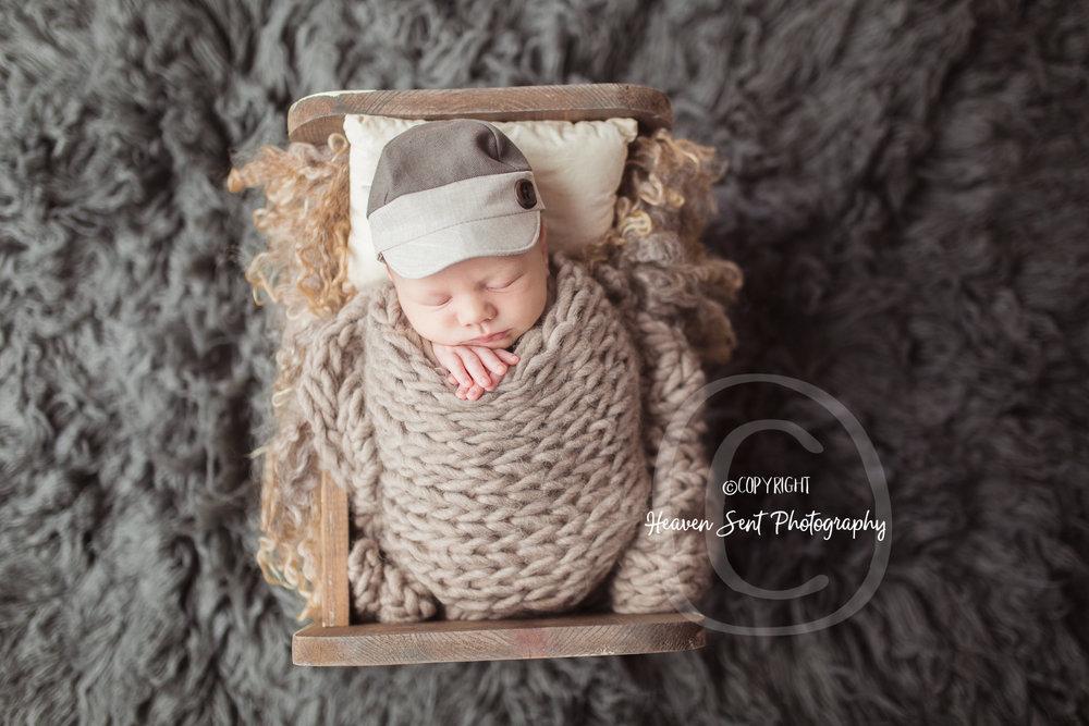 wyatt_newborn (15 of 46).jpg