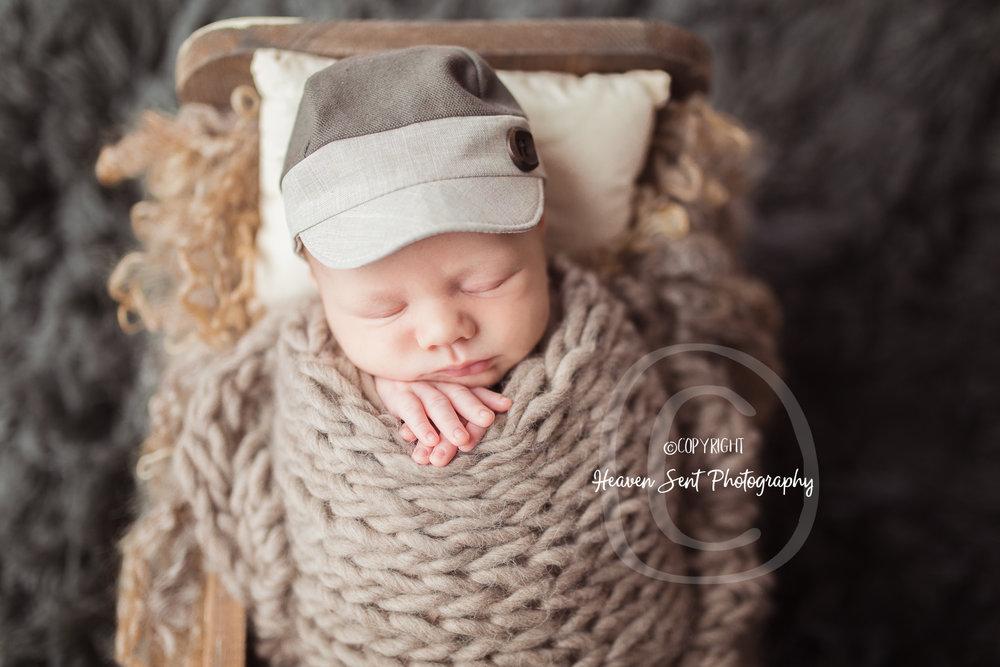 wyatt_newborn (17 of 46).jpg