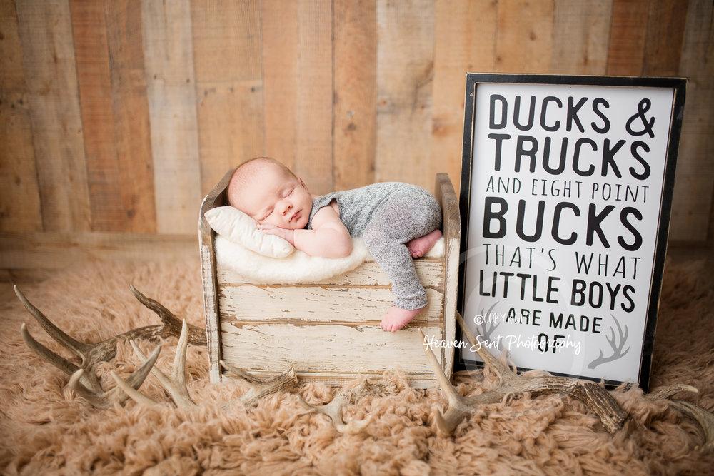 wyatt_newborn (19 of 46).jpg