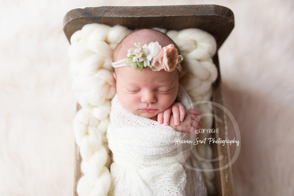 maggie_newborn (2 of 57).jpg