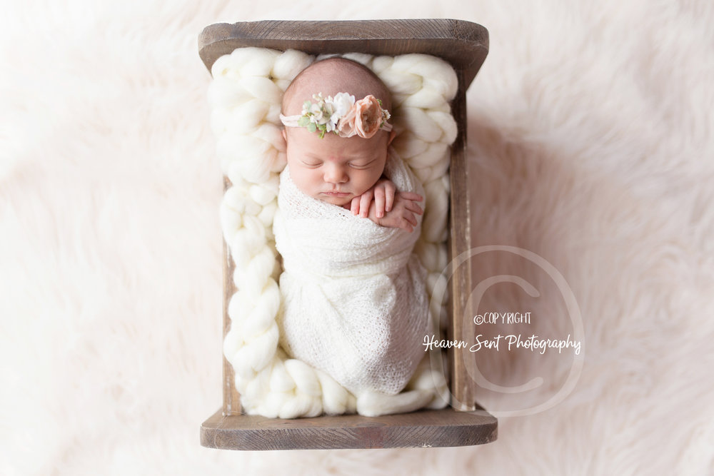 maggie_newborn (1 of 57).jpg