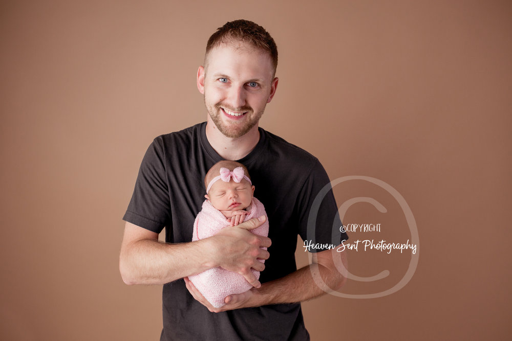 maggie_newborn (15 of 57).jpg
