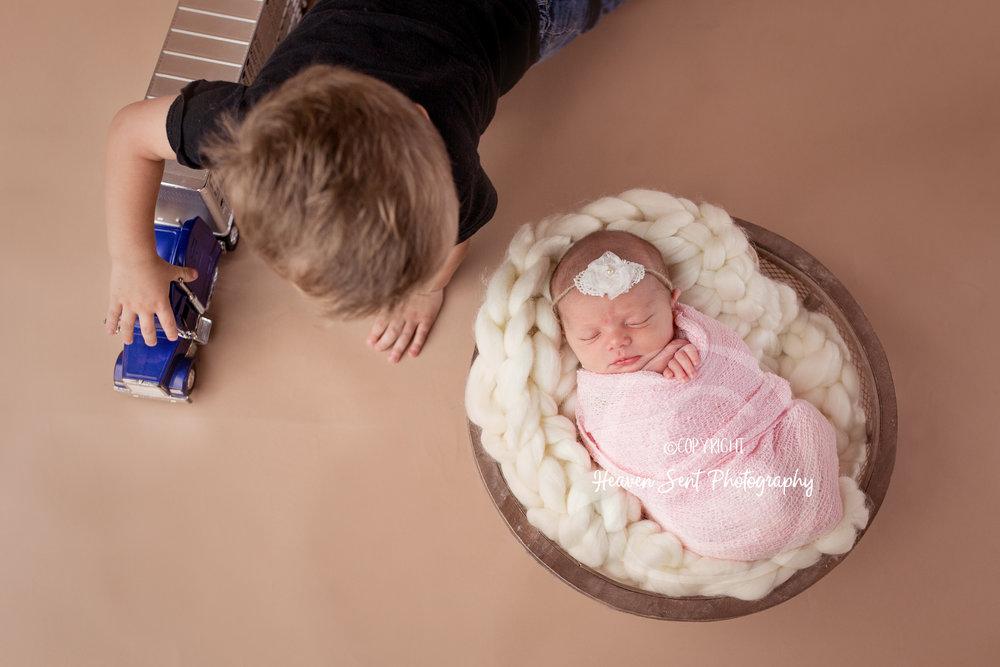 maggie_newborn (26 of 57).jpg