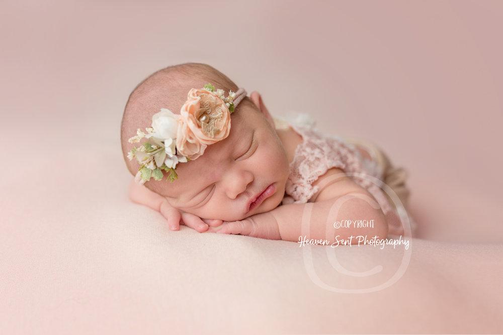 maggie_newborn (49 of 57).jpg