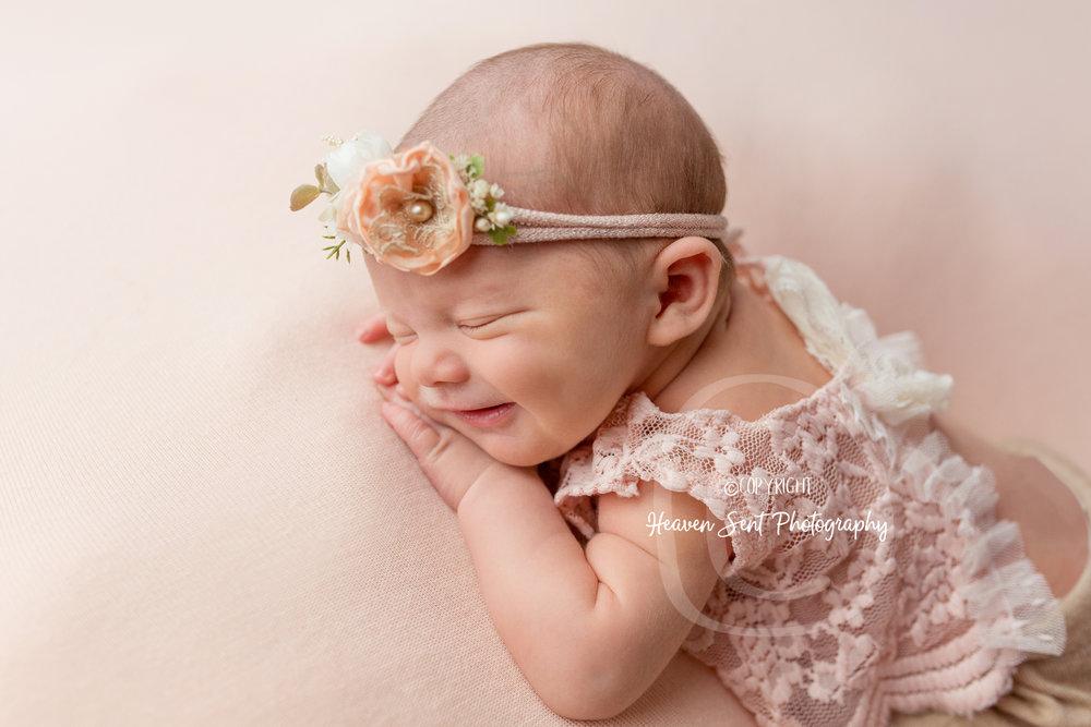 maggie_newborn (50 of 57).jpg