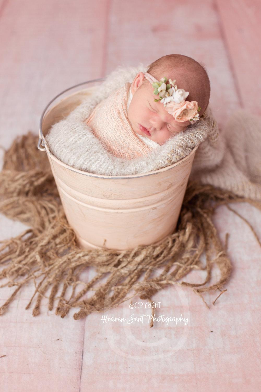 maggie_newborn (55 of 57).jpg