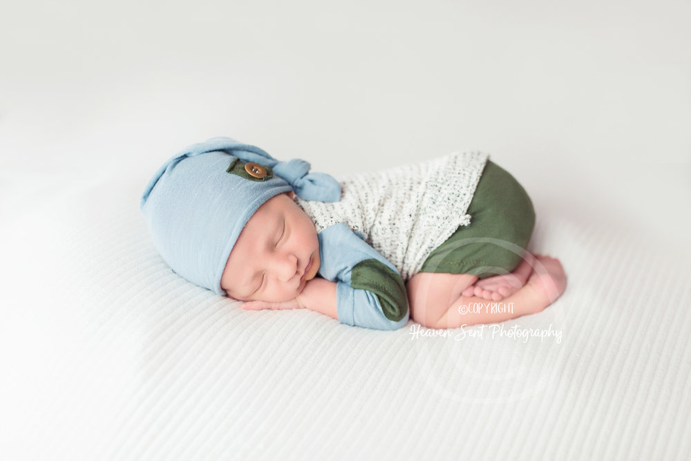 jaxson_newborn (39 of 74).jpg
