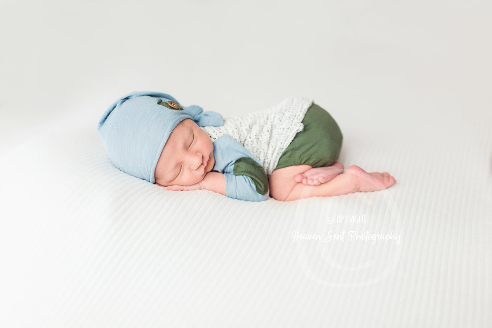 jaxson_newborn (42 of 74).jpg