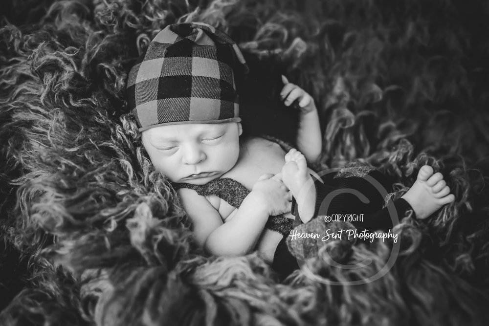 karson_newborn (5 of 49).jpg