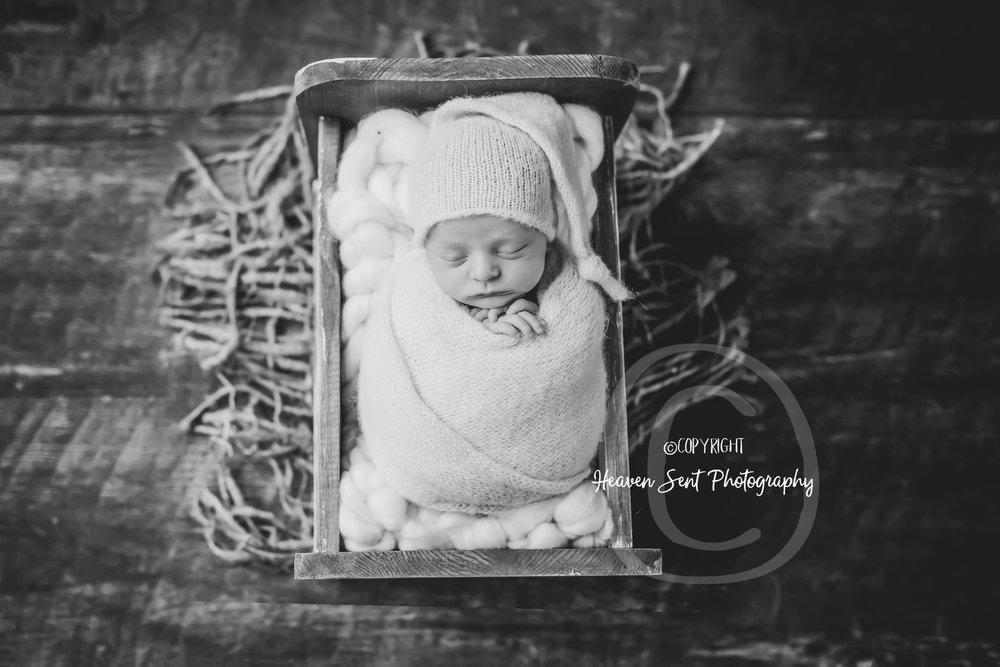 karson_newborn (31 of 49).jpg