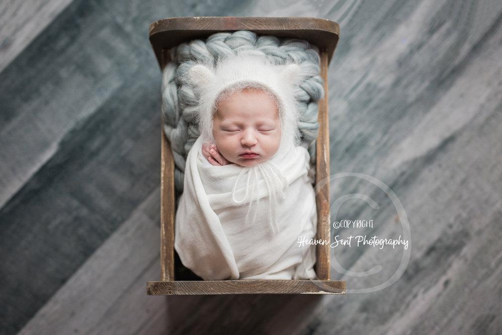 rylan_newborn-15.jpg