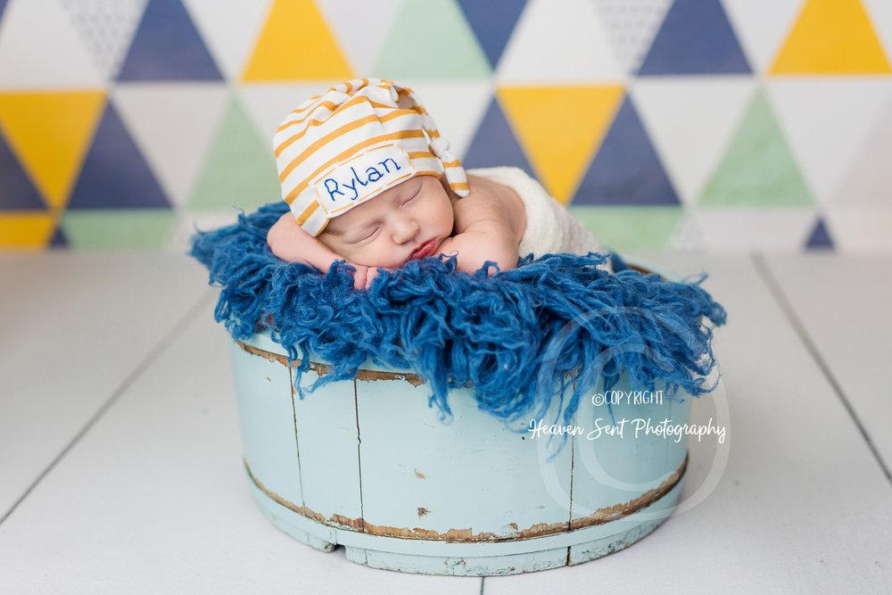 rylan_newborn-33.jpg