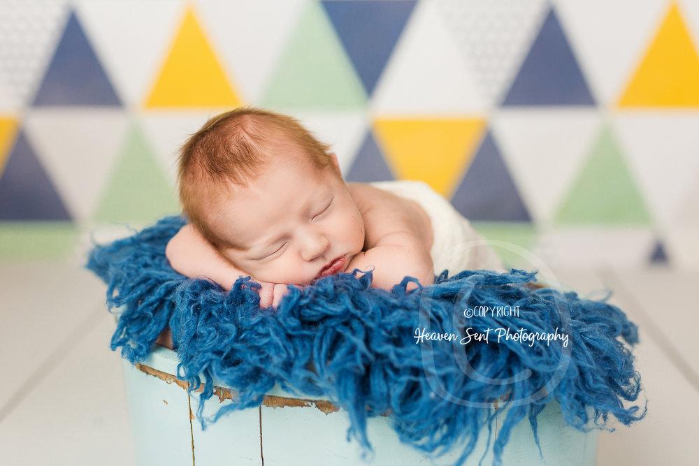 rylan_newborn-35.jpg