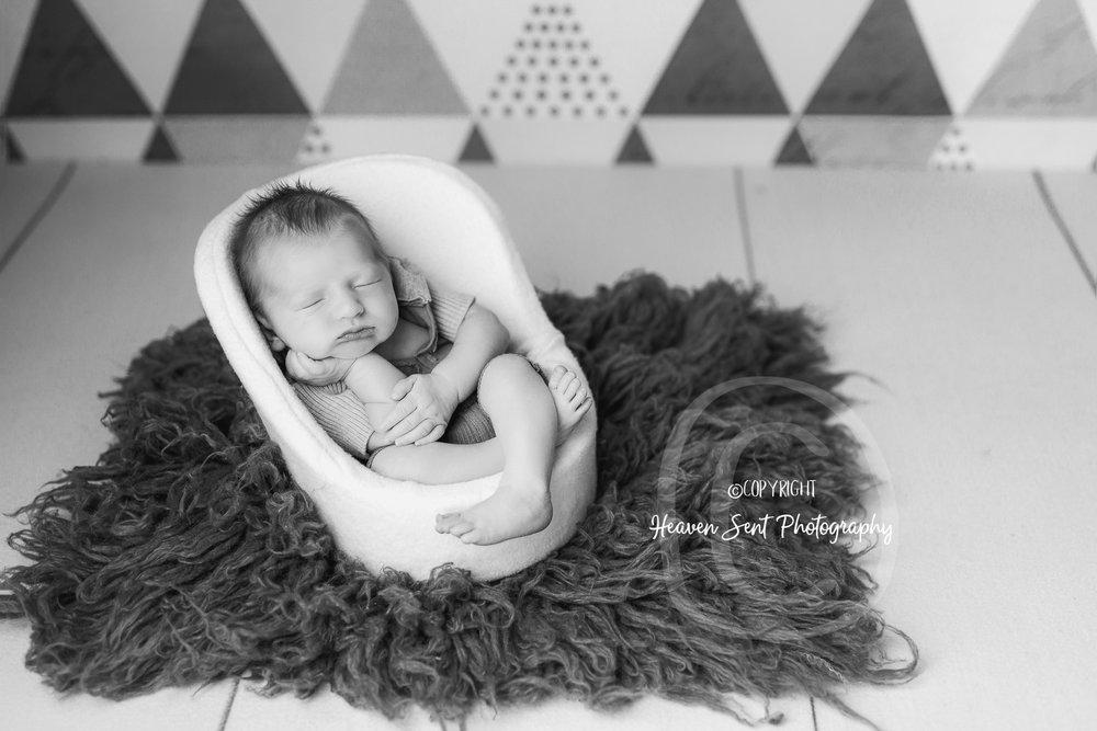 rylan_newborn-53.jpg