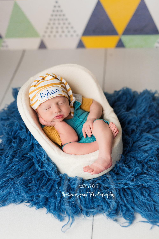 rylan_newborn-56.jpg