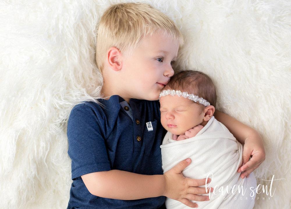 lauren_newborn(12of92).jpg