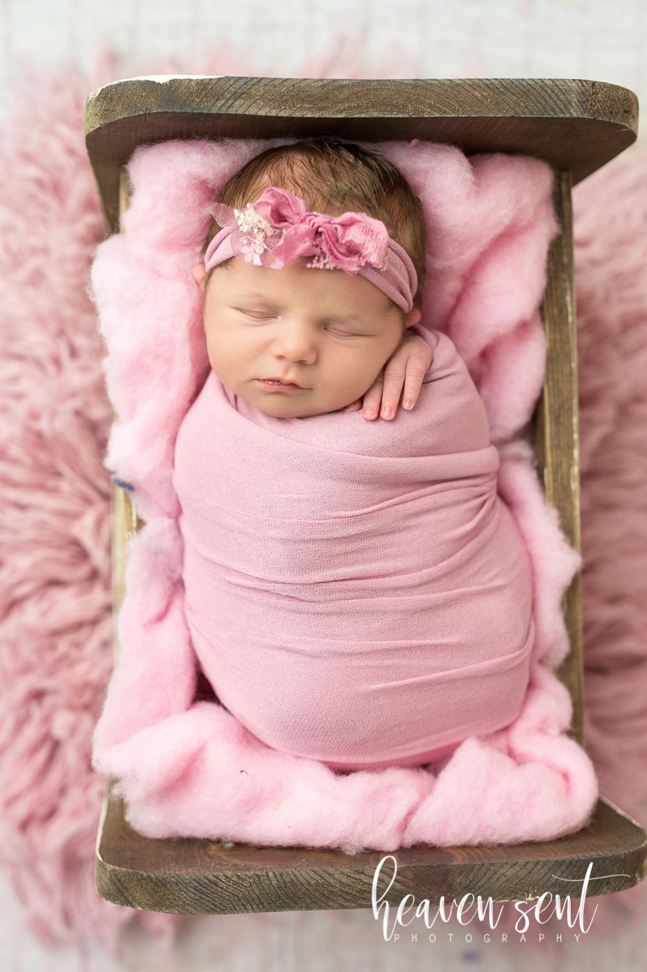 lauren_newborn(60of92).jpg