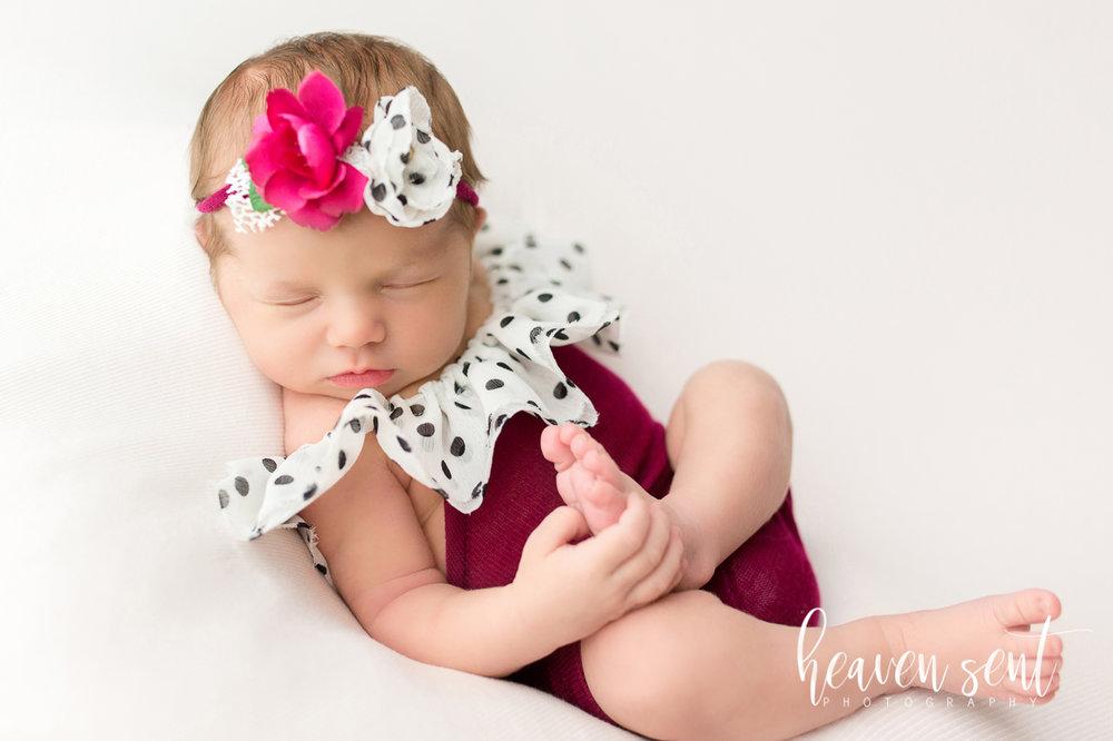 lauren_newborn(90of92).jpg