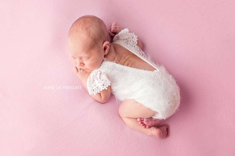 adeline_newborn+(39+of+44)+fbl.jpg