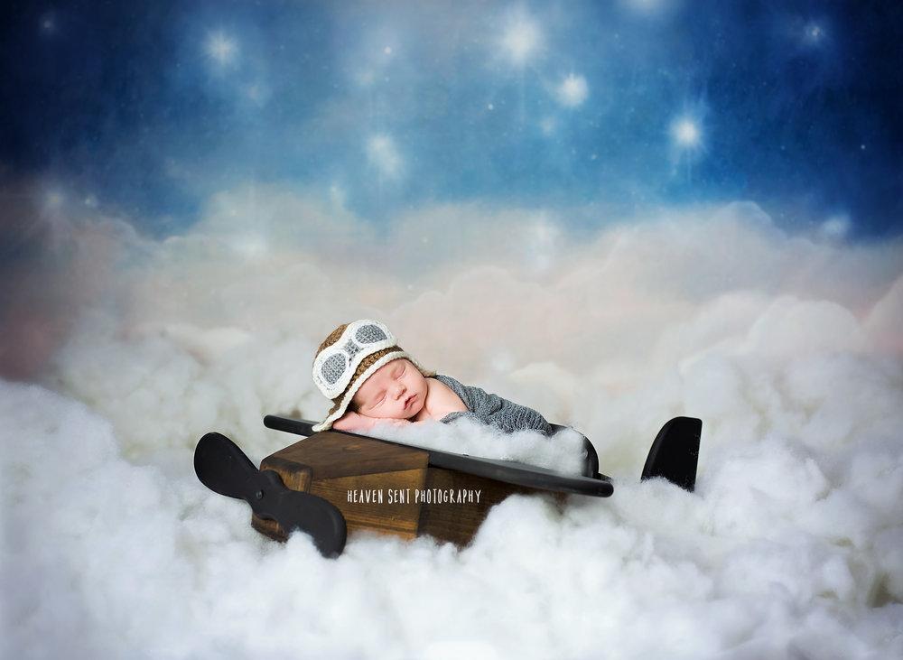 alex_newborn_8958-Edit+new+fbl.jpg