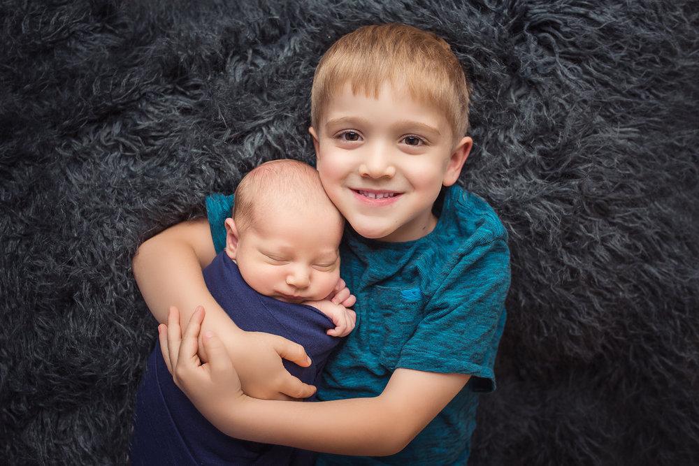 brooks_newborn_4570-2+edit+1+FBL.jpg