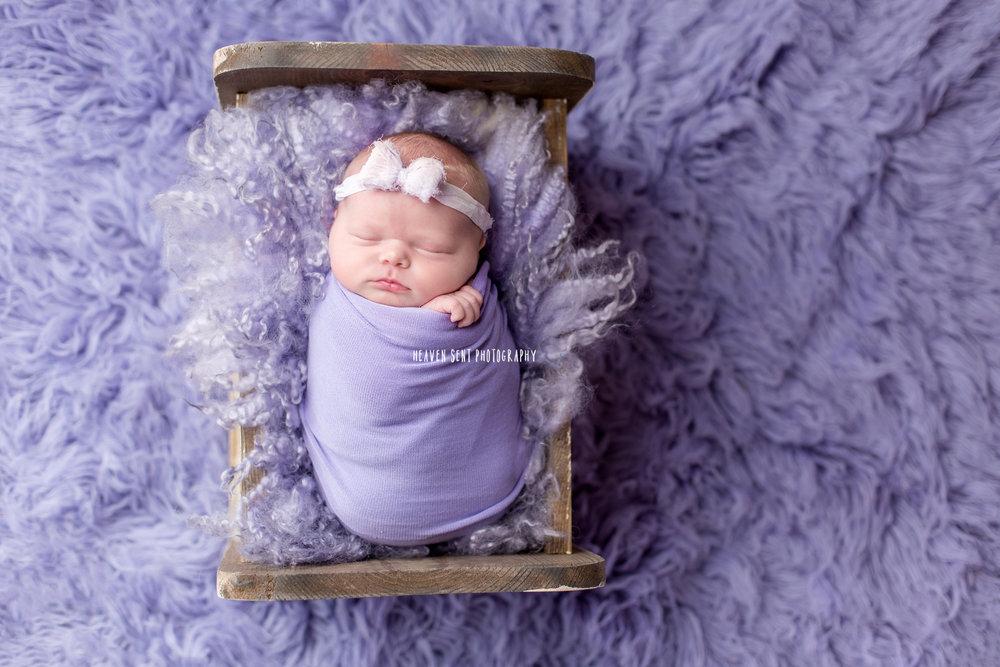 cora_newborn_6123+edit+fbl.jpg