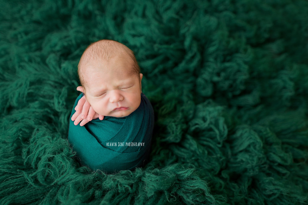dawson_newborn_3807+edit+fbl.jpg
