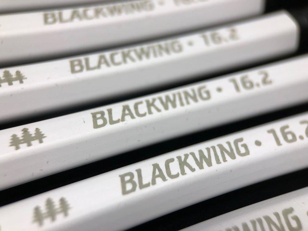 blackwing-16_2-pencil-12.jpg