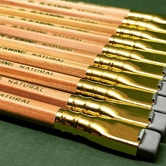I finally wrote a review again. Read my thoughts about the Blackwing Natural...link in profile! . . . #stationery #blackwing #pencil