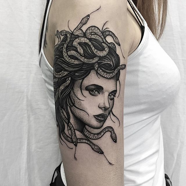 Medusa head for Christina. Thank you for travelling :) #tattoo #fineline #etching #blackwork #blackandgrey #fineline #dotwork #female #snakes #medusa #mythology #goddess #fivekeystattoo