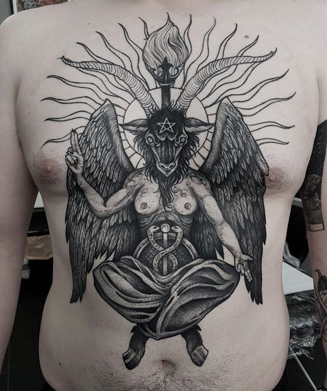 Baphomet front piece for adam. Still a way to go but really enjoying it.🤘🏻🐏 #tattoo #fineline #etching #blackandgrey #tattoos #dotwork #frontpiece #fronttattoo #goat #baphomet #thedevil #satan #illustration #fivekeystattoo