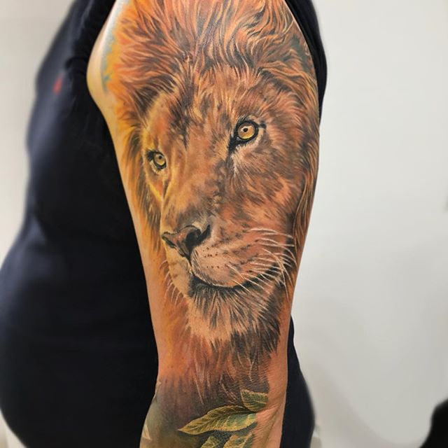 The lion from Peter's ongoing sleeve ✌🏼
