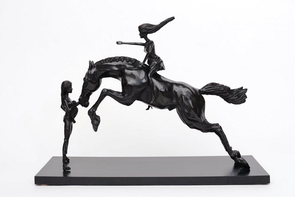 05.01.17 Balance, 51hx25x72cm, bronze 2017.jpg