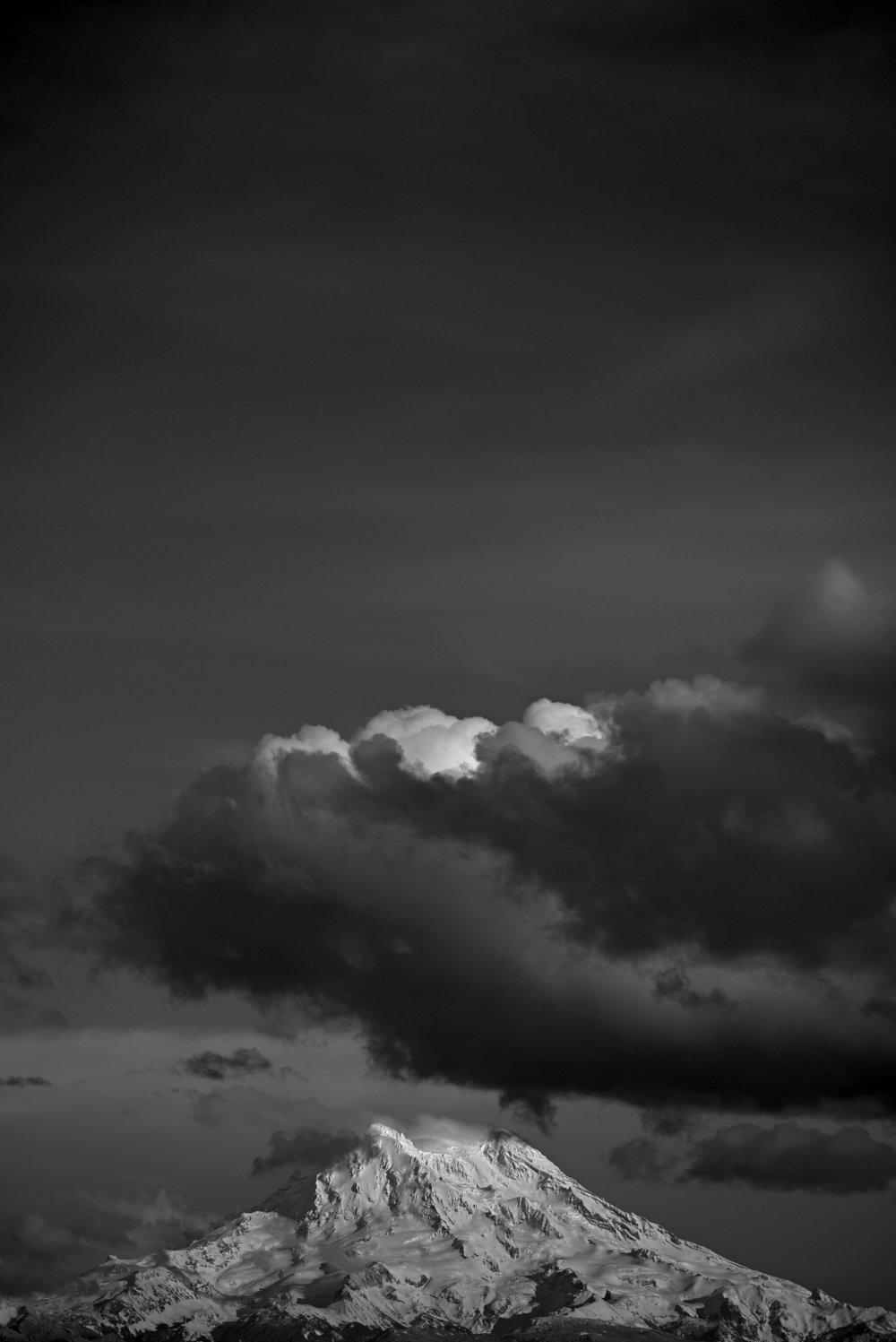 Instagram 1 -Storm over Mt Rainier -Rodrigo Etcheto.jpg