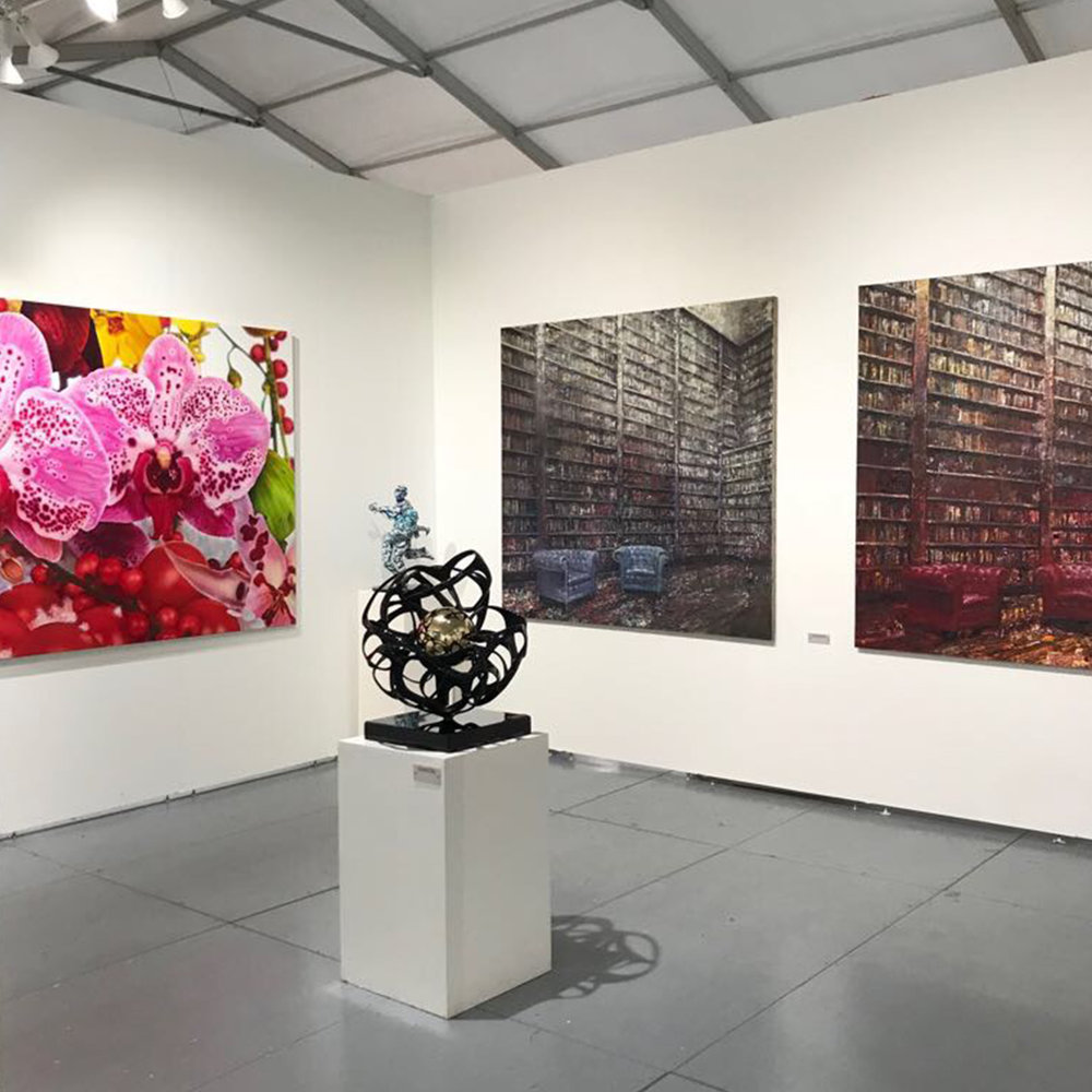 2-art-fair-booth-SCOPE-Miami-Beach-2017-Ransom-Art-Gallery.jpg