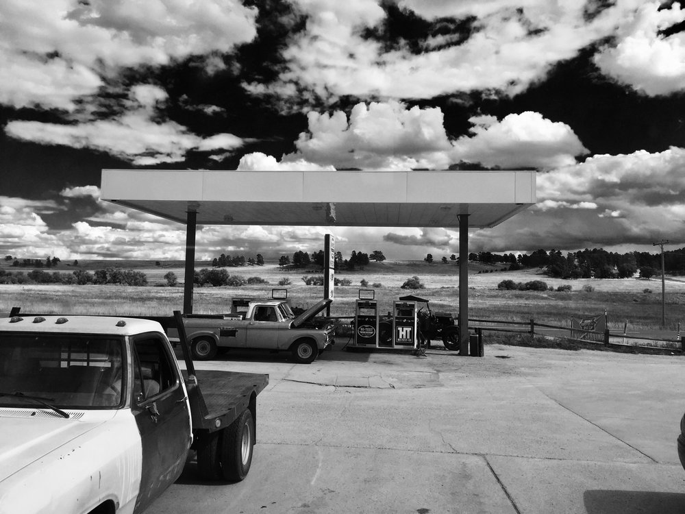 Elbert-Gas-Station
