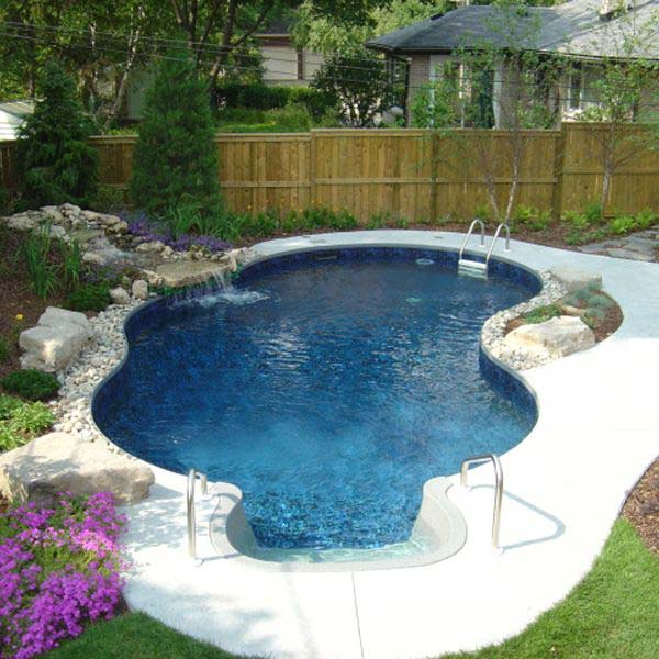 Small-Backyard-Pool-Woohome-15.jpg