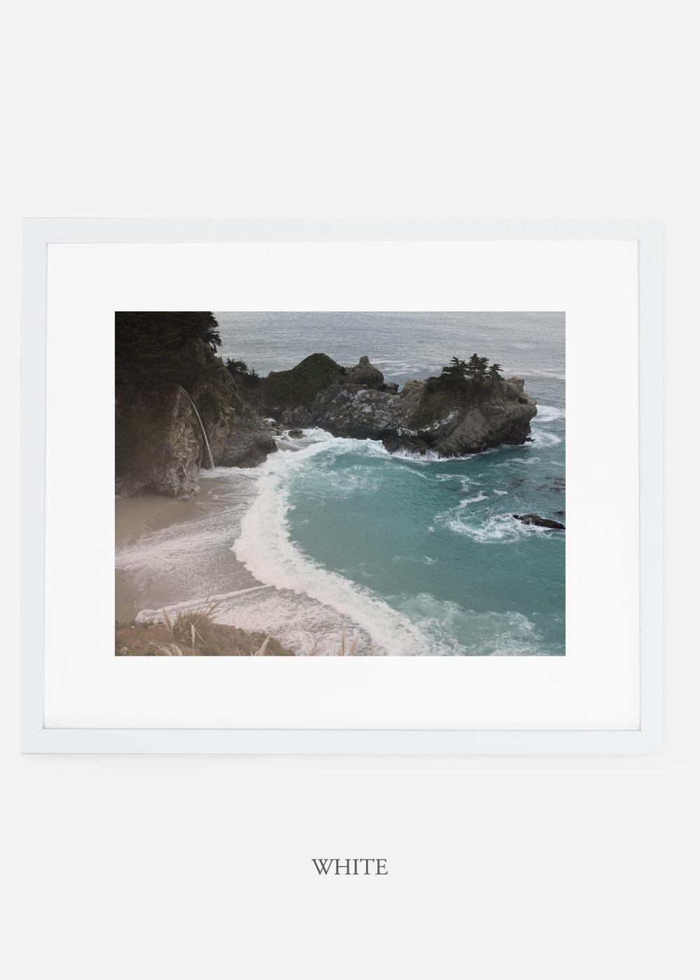 WilderCalifornia_whiteframe_interiordesign_oceanprint_BigSurNo.1.jpg